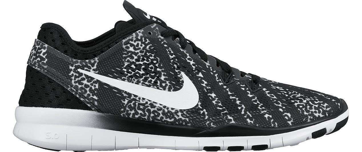 f1db76c504ac Amazon.com  Nike Women s Free 5.0 TR Fit 5 Print Black   White   Mezzo  Zebra Mesh Cross-Trainers Shoes 6 M US  Sports   Outdoors