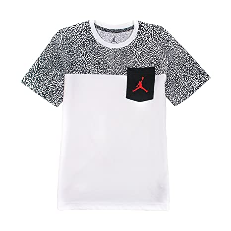 4e253b6911cd Amazon.com  Nike Big Boys Jumpman Short Sleeve Graphic Tee M (Big Boys)  White  Sports   Outdoors