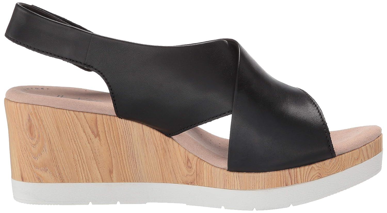 f8cbf1889 Amazon.com  CLARKS Women s Cammy Pearl Wedge Sandal  Shoes