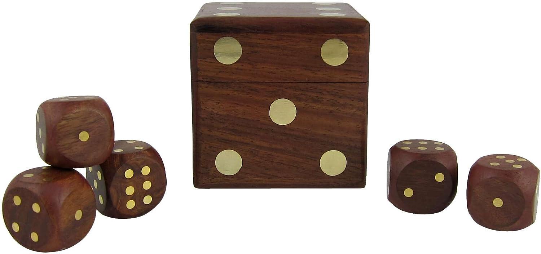 Spielw/ürfelbox mit f/ünf W/ürfeln