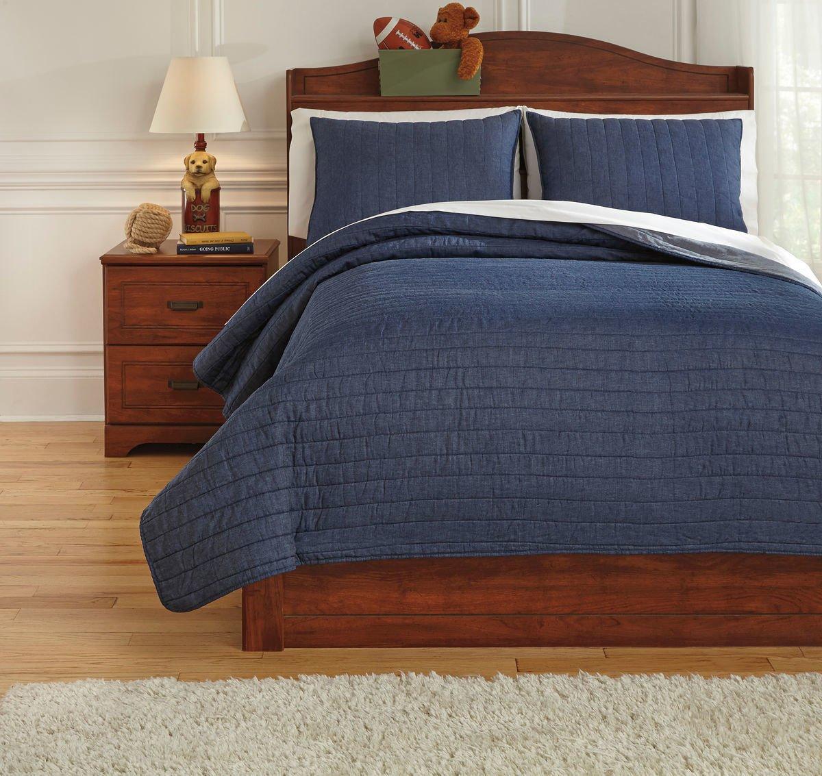 Ashley Furniture Signature Design - Capella Youth Quilt Set - Children's Full Size Comforter Set - Includes Duvet Cover & 2 Shams - Denim Blue