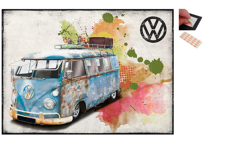 Iposters Garnitur - 2 Artikel - VW Campingbus Gealterte - 30 X 41 cm (12 X 16 Zoll) und ein Set 4 Stück Repositionierbar Klebepads für Einfache Wandbefestigung