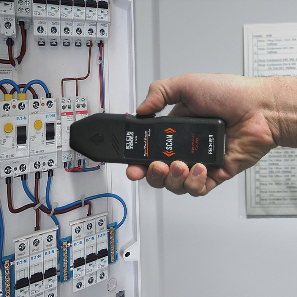 Klein Tools Et300 Circuit Breaker Finder Finds Electrical Extech Ac Receptacle Tester Of 120v Standard Outlet