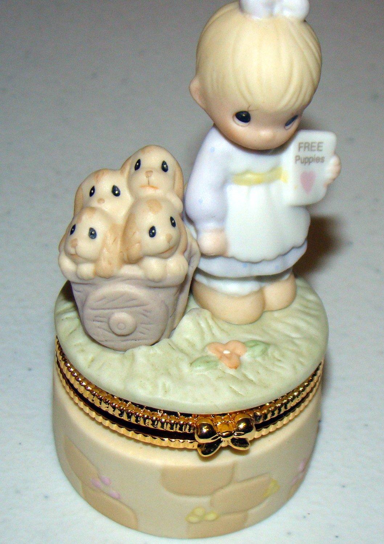 God Loveth a Cheerful Giver Precious Moments 3.25-inch Hinged Box 95981