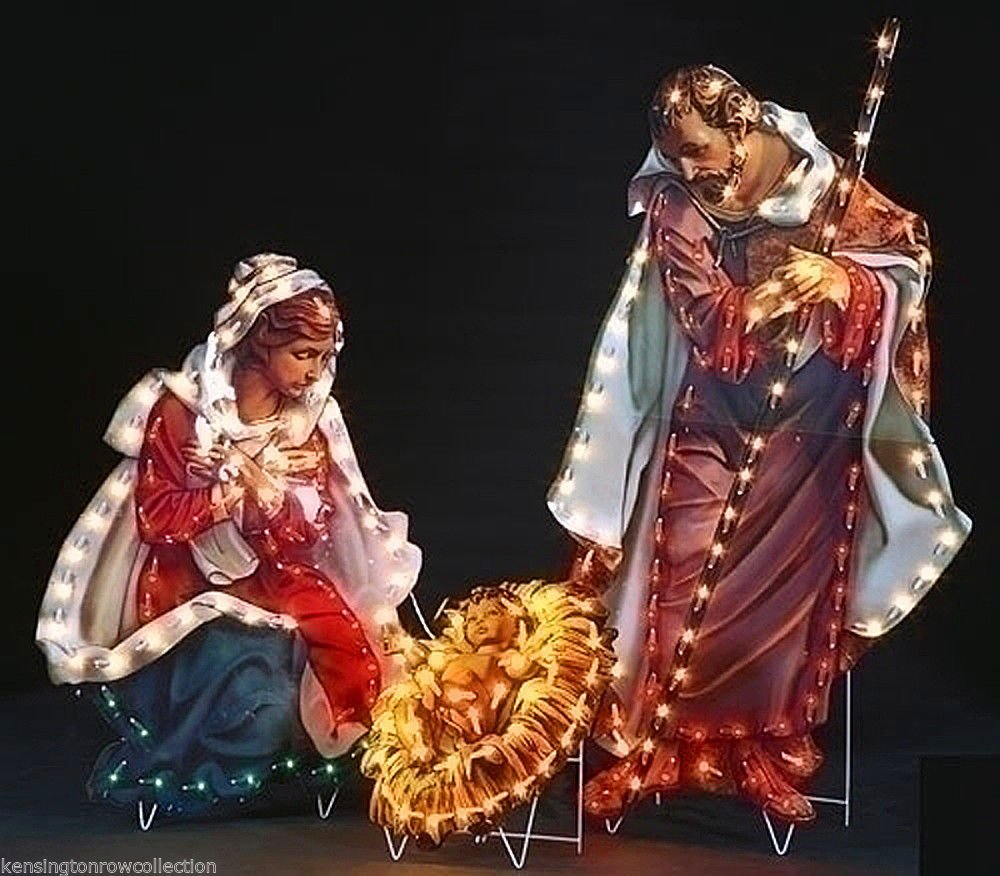 OUTDOOR CHRISTMAS DECOR - FONTANINI HOLY FAMILY YARD DECOR - 200 LIGHTS