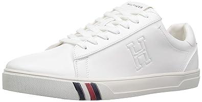 18fa3390c Tommy Hilfiger Men s Jeron Sneaker