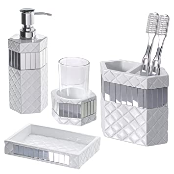 Amazon Com Creative Scents Quilted Mirror Bathroom Accessories
