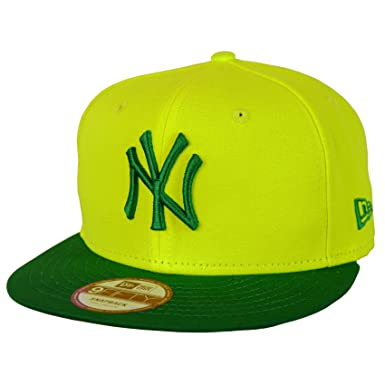 80372f622fc New Era 9FIFTY Pop Out New York Yankees Snapback Cap at Amazon Men s  Clothing store