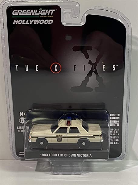 1983 Ford LTD Crown Victoria Cream Ardis MD Police The X-Files 1993-2002 TV Series Hollywood Series 1/64 Diecast Model Car by Greenlight 44900 C