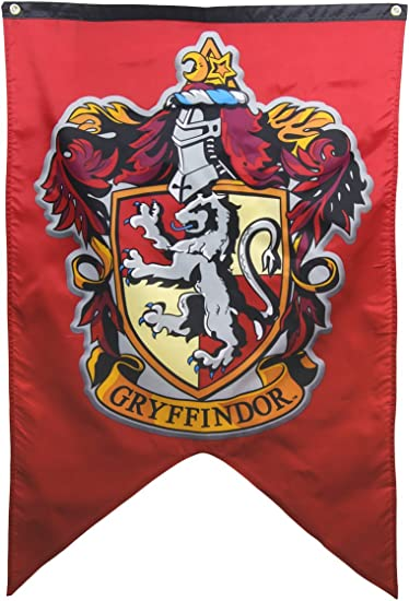 Amazon Com Harry Potter Gryffindor Wall Banner Kitchen Dining