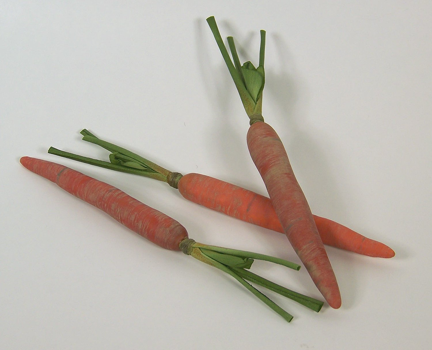 Designer-Decorative-Two-2-Artificial-Faux-Fake-Small-Carrots-Vegetable