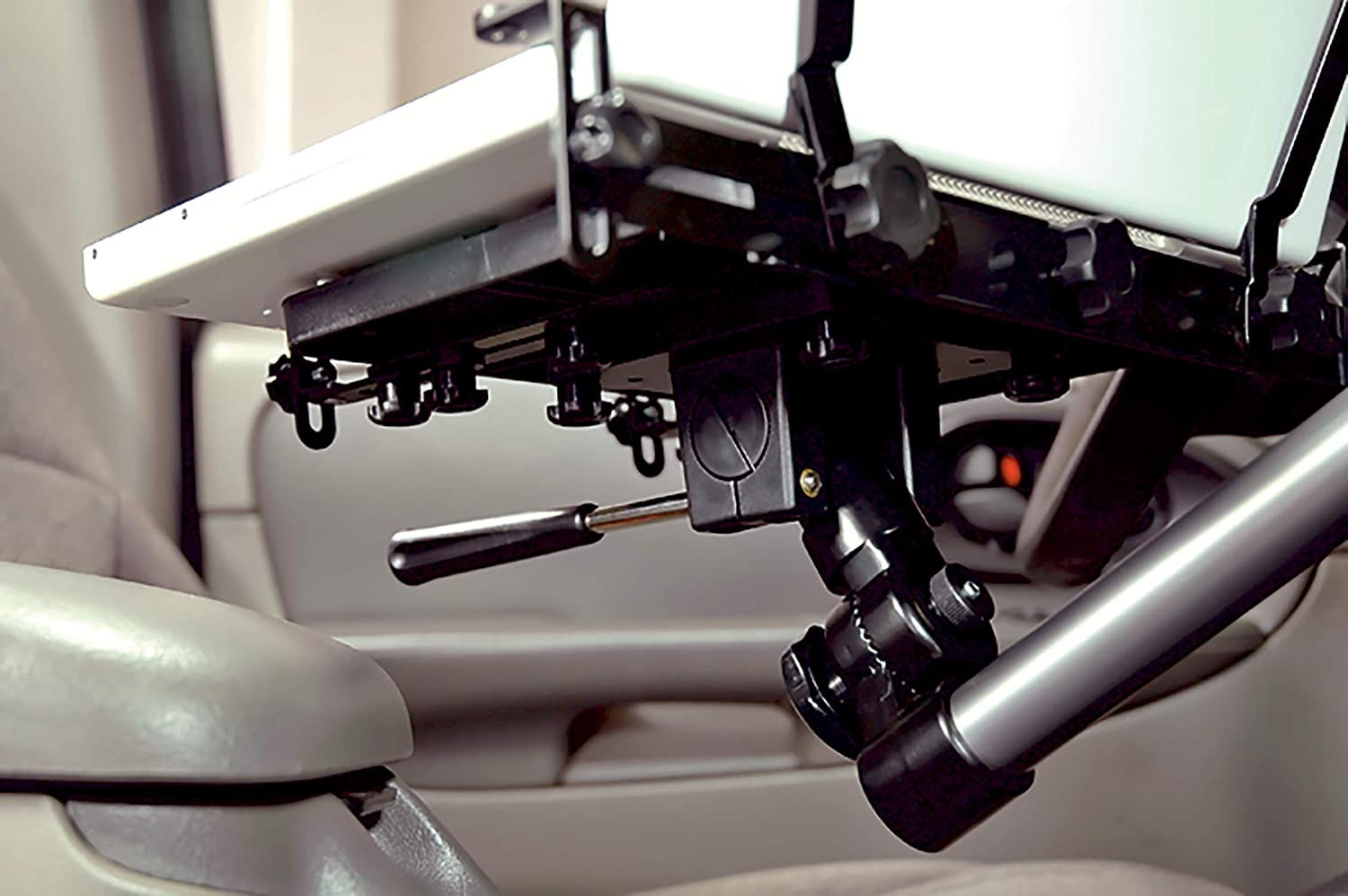 Amazon Com Bracketron Car Truck Van Suv Universal Vehicle Laptop Pc Mount Works With Laptops Up To 17 Attaches To Passenger Seat Bolt Using The Quick Release Fitting Ltm Ms 525 Black Computers