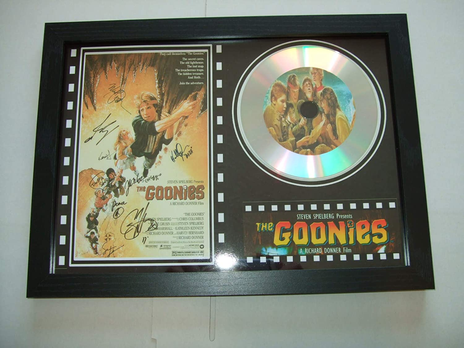 The GOONIES affiche de film sign/é