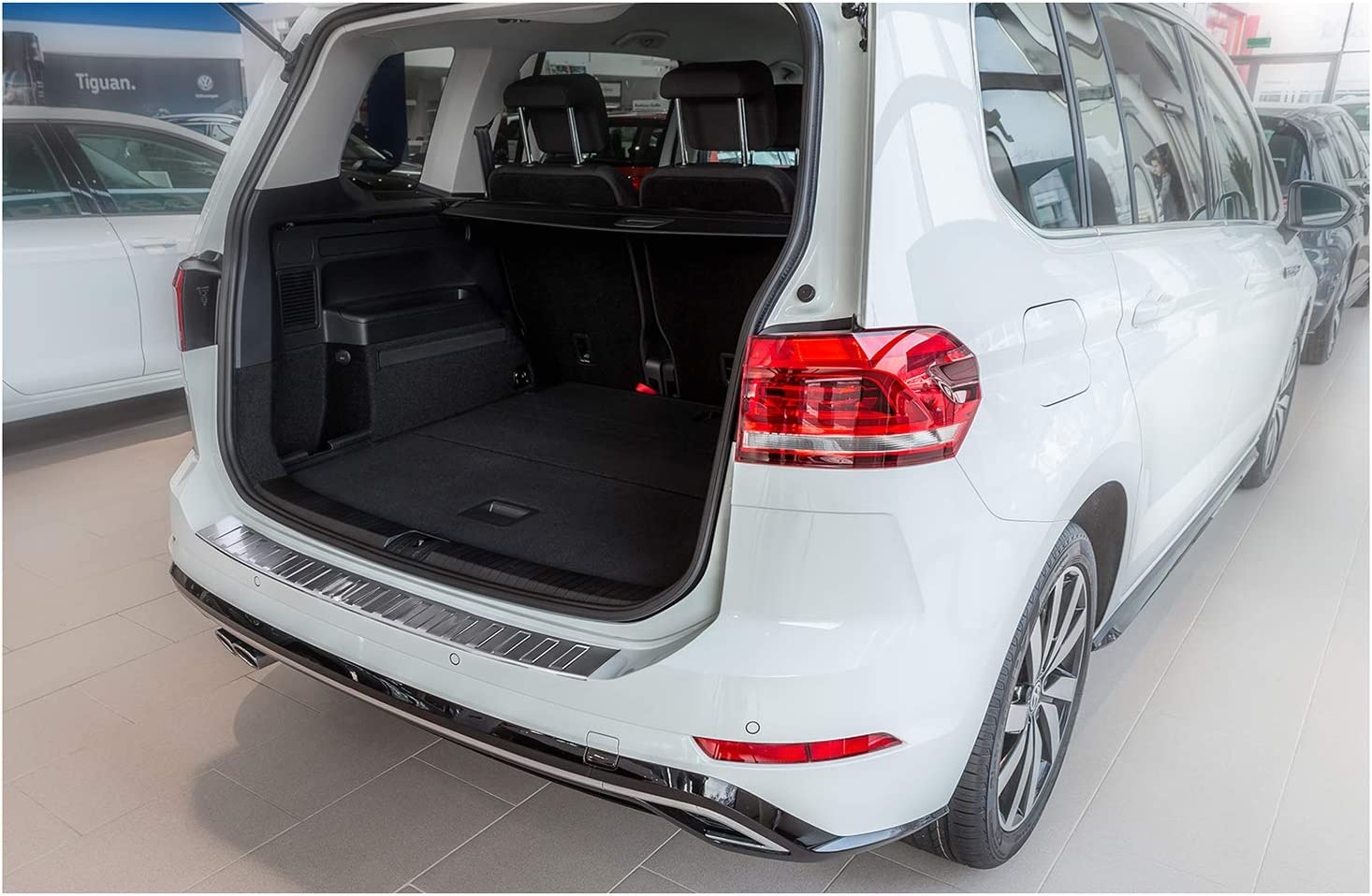 Teileplus24 Al103 Ladekantenschutz Aluminium Für Vw Touran 2 5t 2015 Farbe Silber Auto