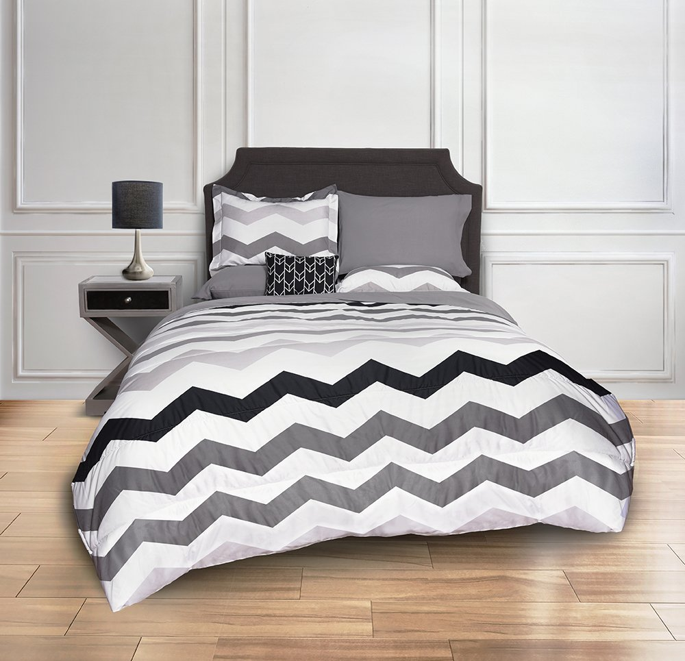 Beco Home Bedding Collection: 8 Piece Bed-in-a-Bag Comforter Set, Chevron (Grey/White), Full 94YB3 099201