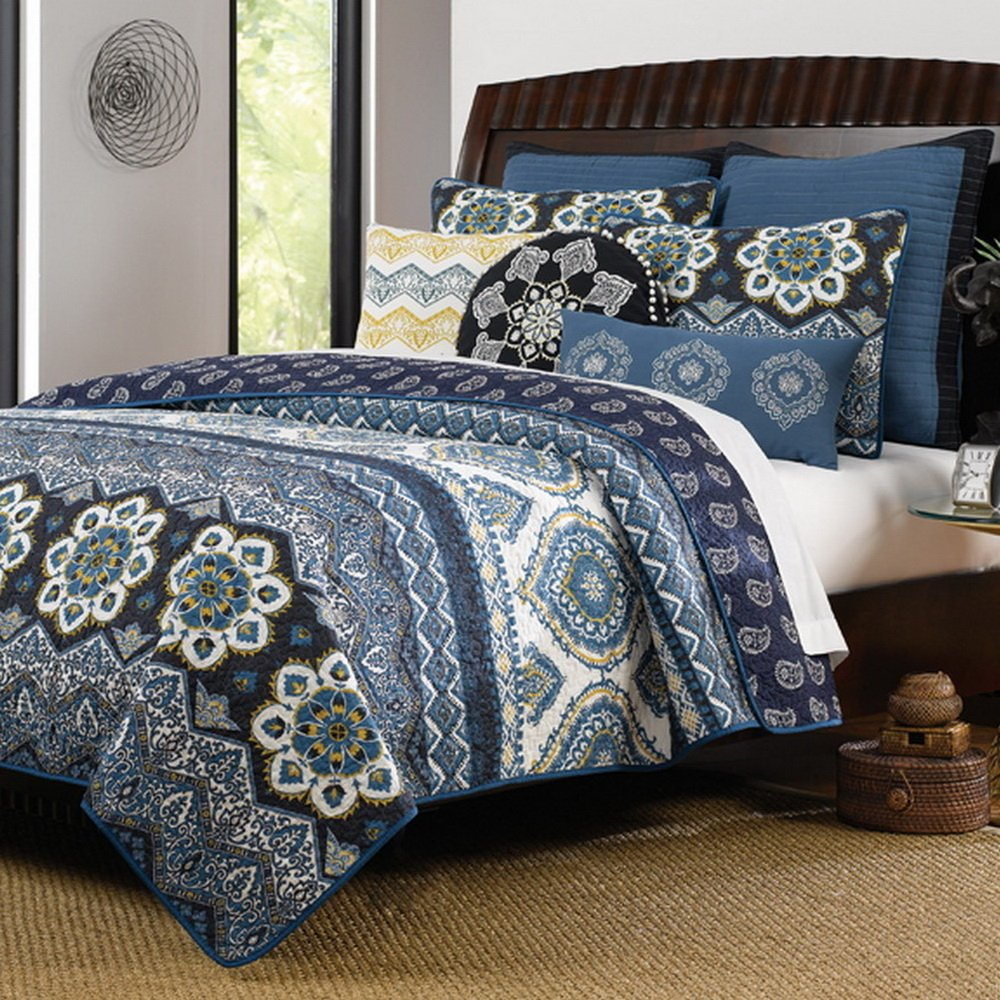Navy Bedding and Navy Quilts – Ease Bedding with Style : king size quilt bedding - Adamdwight.com