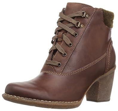 616025e39 Clarks Women s Carleta Crane Ankle Bootie