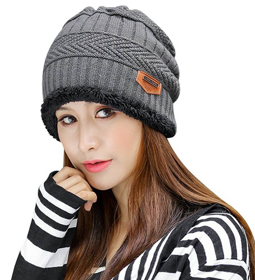 HindaWi Winter Slouchy Beanie Gloves for Women Knit Hats Skull Caps Touch Screen NT2344-BK