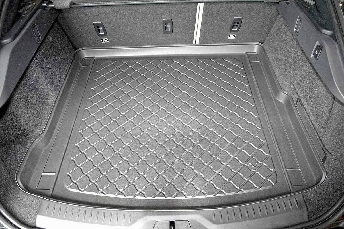 additional description: incl models with rails fixing system cod MTM Boot Liner I-Pace 2018- Tailored Trunk Mat with Antislip 8374