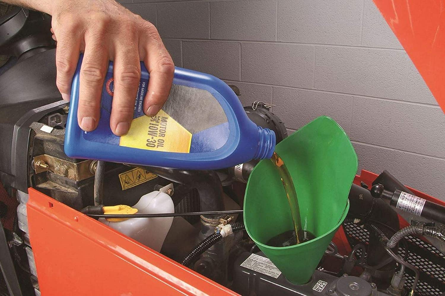 General Purpose FORM-A-FUNNEL Flexible Draining Tool