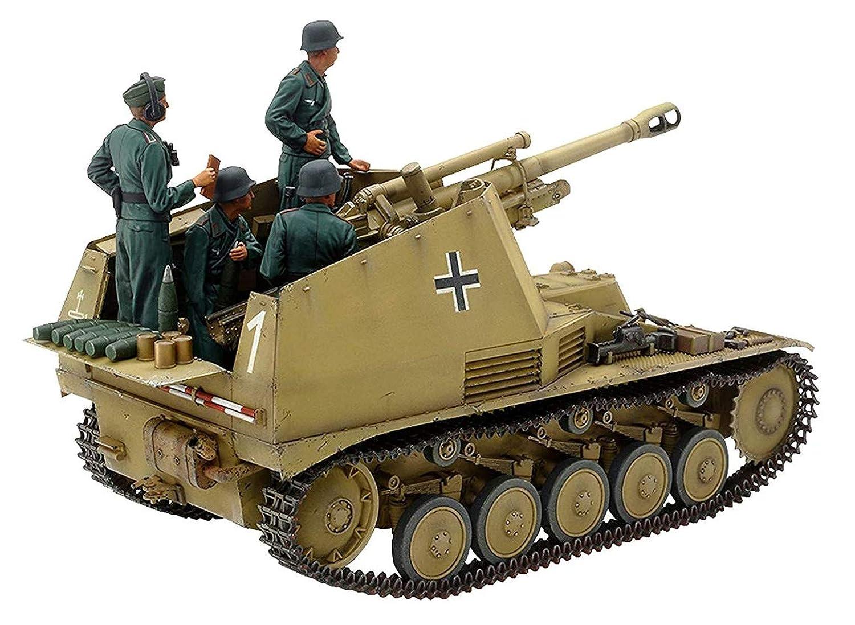 Tamiya 35358 35358-1:35 Panzerhaubitz wasp Italy. Front, model building, plastic kit, unpainted.
