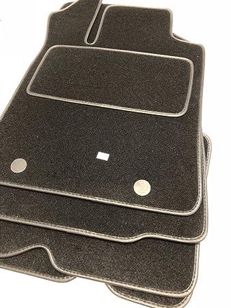 Velours schwarz Fußmatten passend für DACIA Duster 4x4 ab 2010