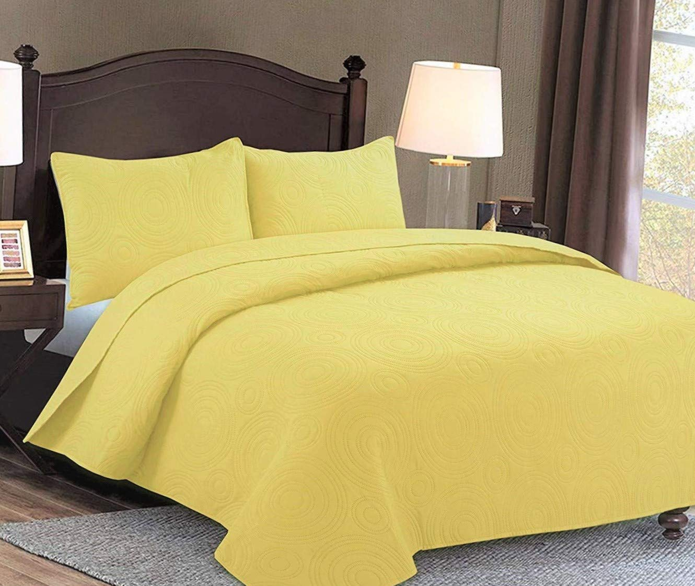 Maiija 3 Piece Embossed Floral Pattern Oversized Bedspread Coverlet (King/Queen) (Queen, Yellow)