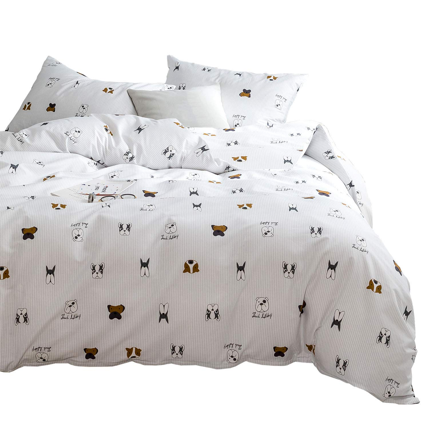 Wake In Cloud - Dogs Comforter Set, 100% Cotton Fabric with Soft Microfiber Fill Bedding, Gray Grey Ticking Striped Stripes Puppy Pattern Printed on White (3pcs, Twin Size)