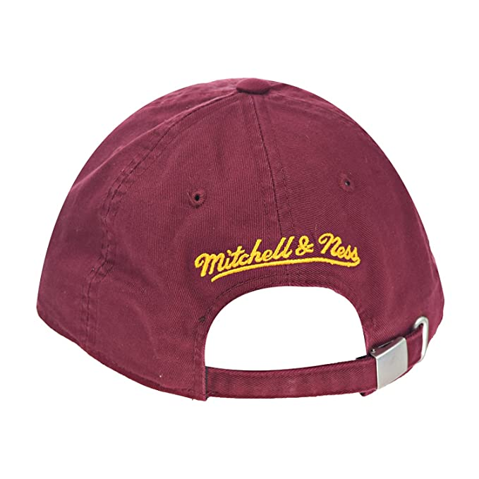 Amazon.com  Cleveland Cavaliers NBA Mitchell   Ness Cotton Adjustable  Backstrap Dad Hat  Sports   Outdoors 1d20092051f7
