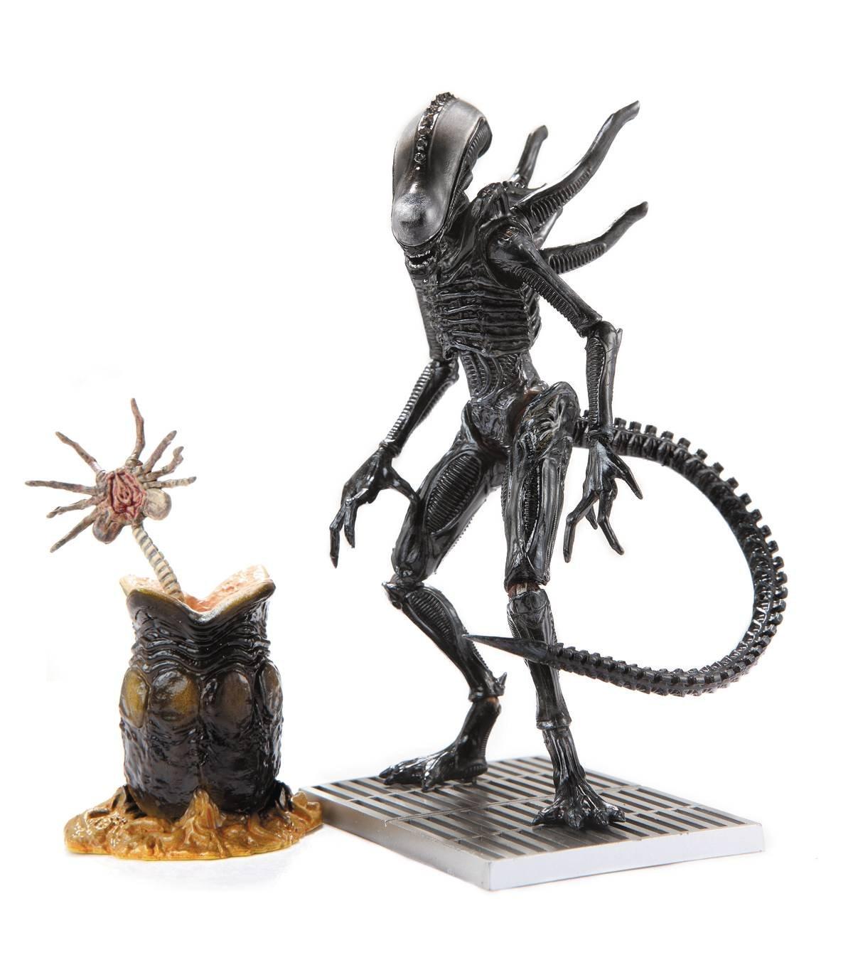 Aliens OCT158463 - Figura de acción de Xenomorph Lurker PX, Escala 1:8
