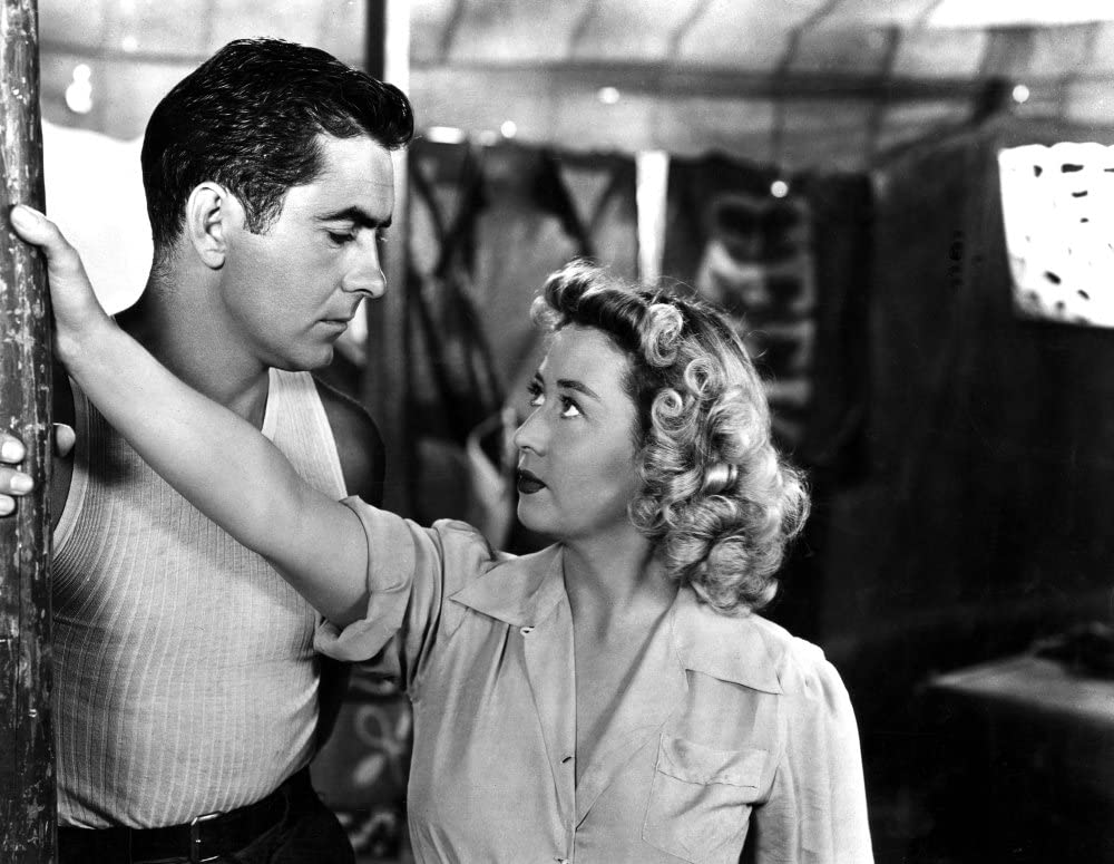 Amazon.com: Nightmare Alley Tyrone Power Joan Blondell 1947 Tm And  Copyright ? 20Th Century Fox Film Corp All Rights Reserved Courtesy Everett  Collection Photo Print (14 x 11): Posters & Prints