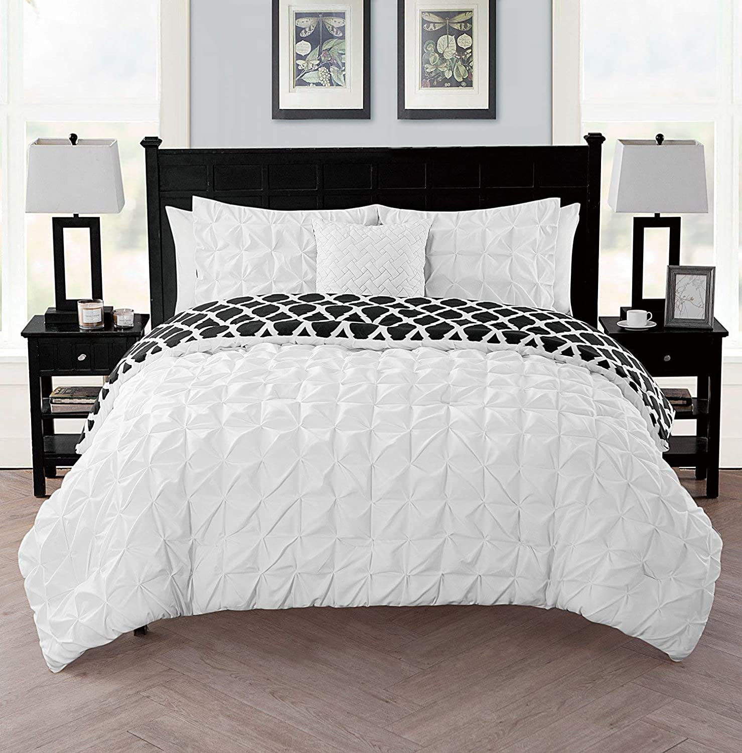 VCNY Home SCT-3DV-QUEN-IN-WH Duvet Cover Set Queen White Victoria Classics Scottsdale