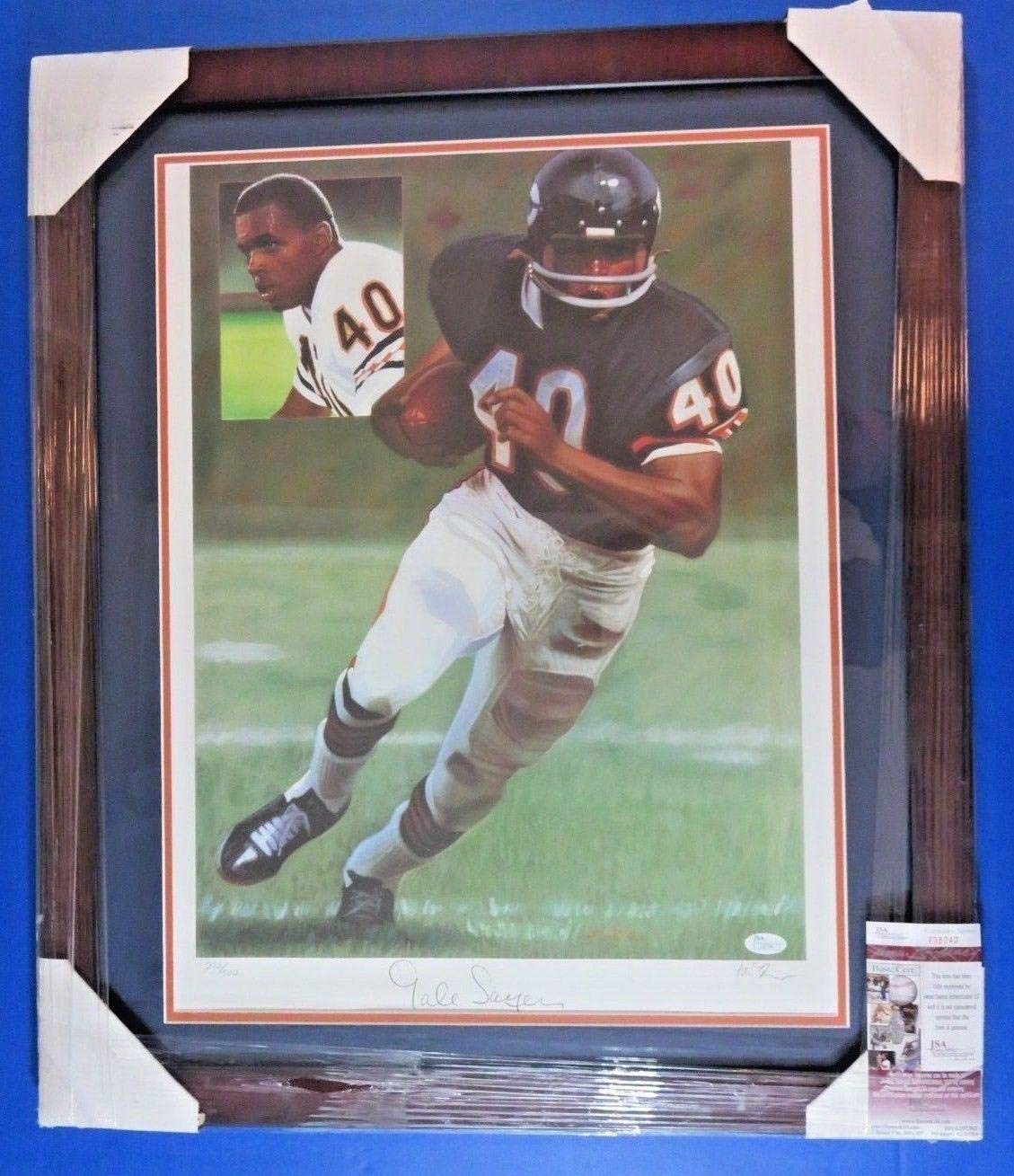 GALE SAYERS SIGNED 18x22 MATTED & FRAMED LITHOGRAPH ~ LTD ED. 292/500 ~ COA JSA Certified Autographed NFL Art