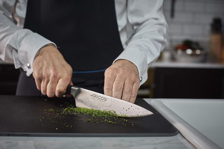 Arcos Serie Manhattan - Cuchillo Cocinero - Hoja de Acero Inoxidable Forjado NITRUM 210 mm - Mango de Polioximetileno (POM) Color Negro (Filo Seda): ...