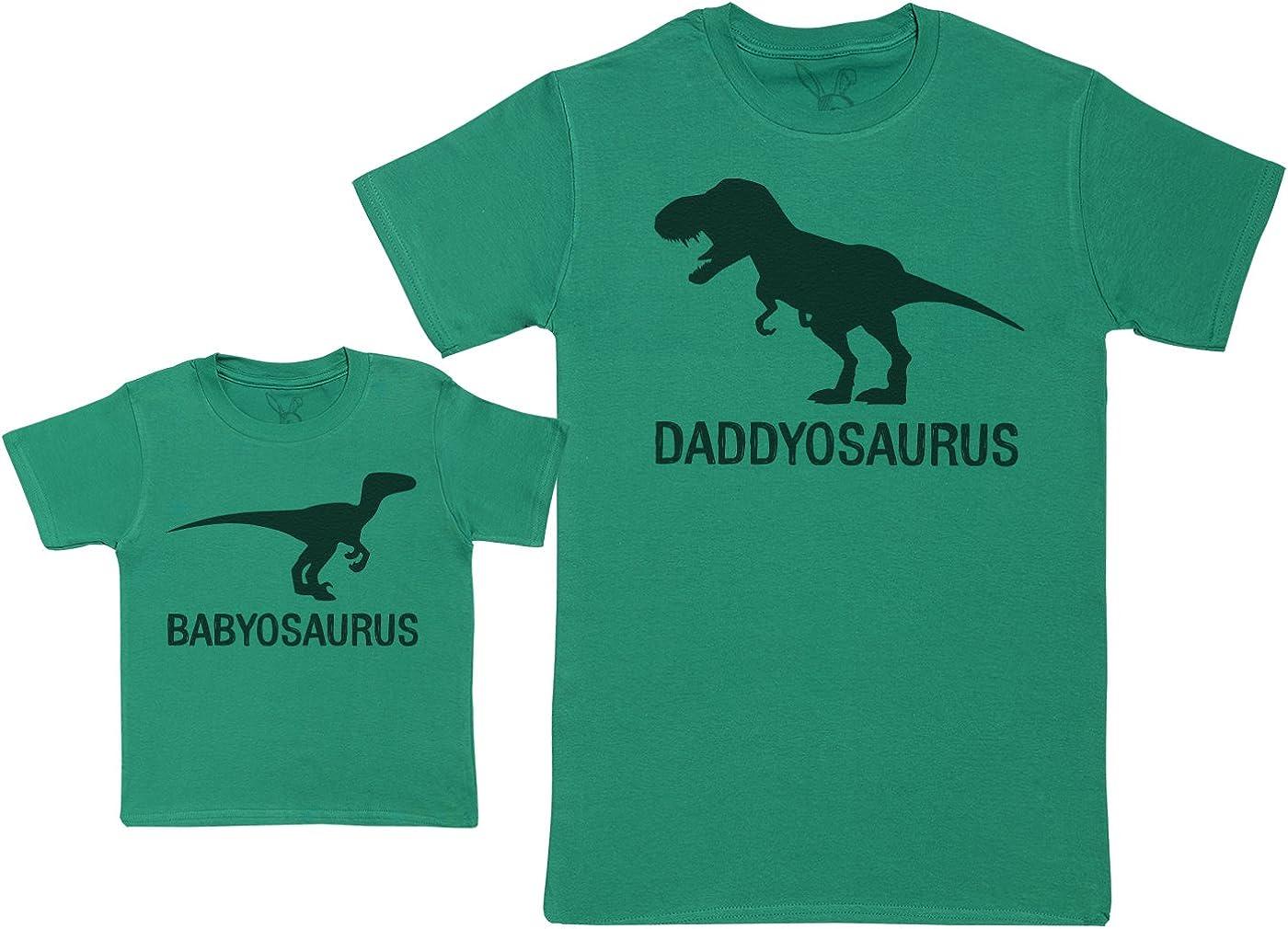 Babyosaurus with Daddyosaurus - Regalo para Padres y bebés en un Camiseta para bebés y una Camiseta de Hombre a Juego