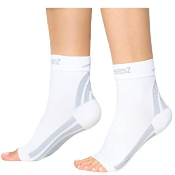 33ad9dc2e2 CompressionZ Plantar Fasciitis Socks - Compression Foot Sleeves - Ankle  Brace w/Arch Support -