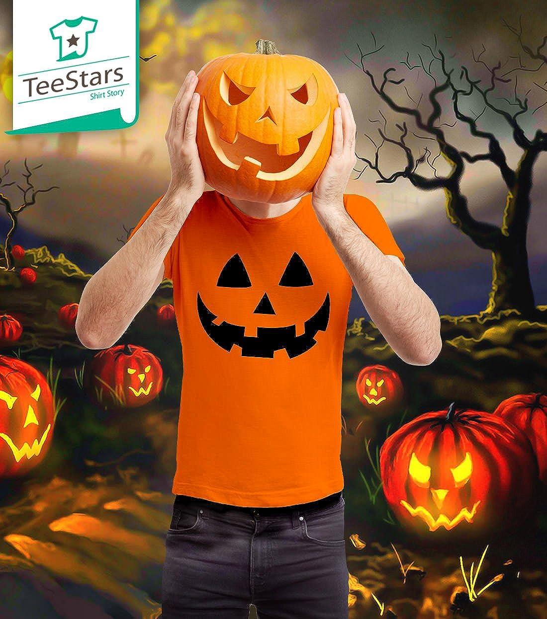 b2222f267ec8d Amazon.com: Jack O' Lantern - Smiling Pumpkin Face - Easy Halloween Costume  Fun T-Shirt: Clothing