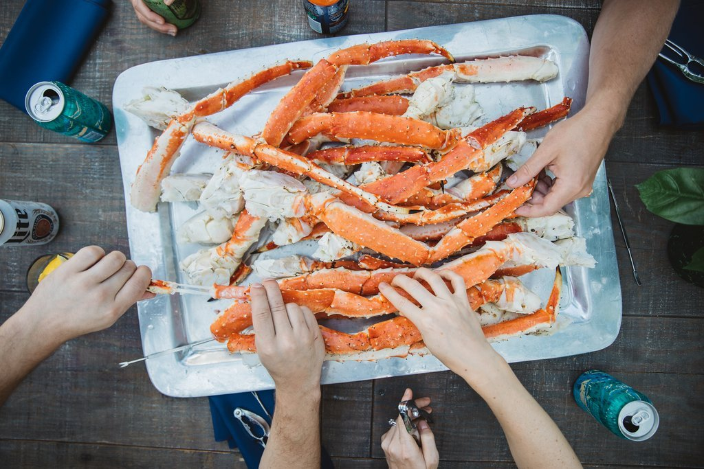 Alaskan King Crab Colossal Red King Crab Legs 3 Lbs Overnight