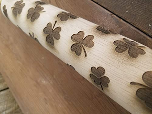 Patrick/'s Day Handmade wooden men/'s necklace with clover design suitable gift for St