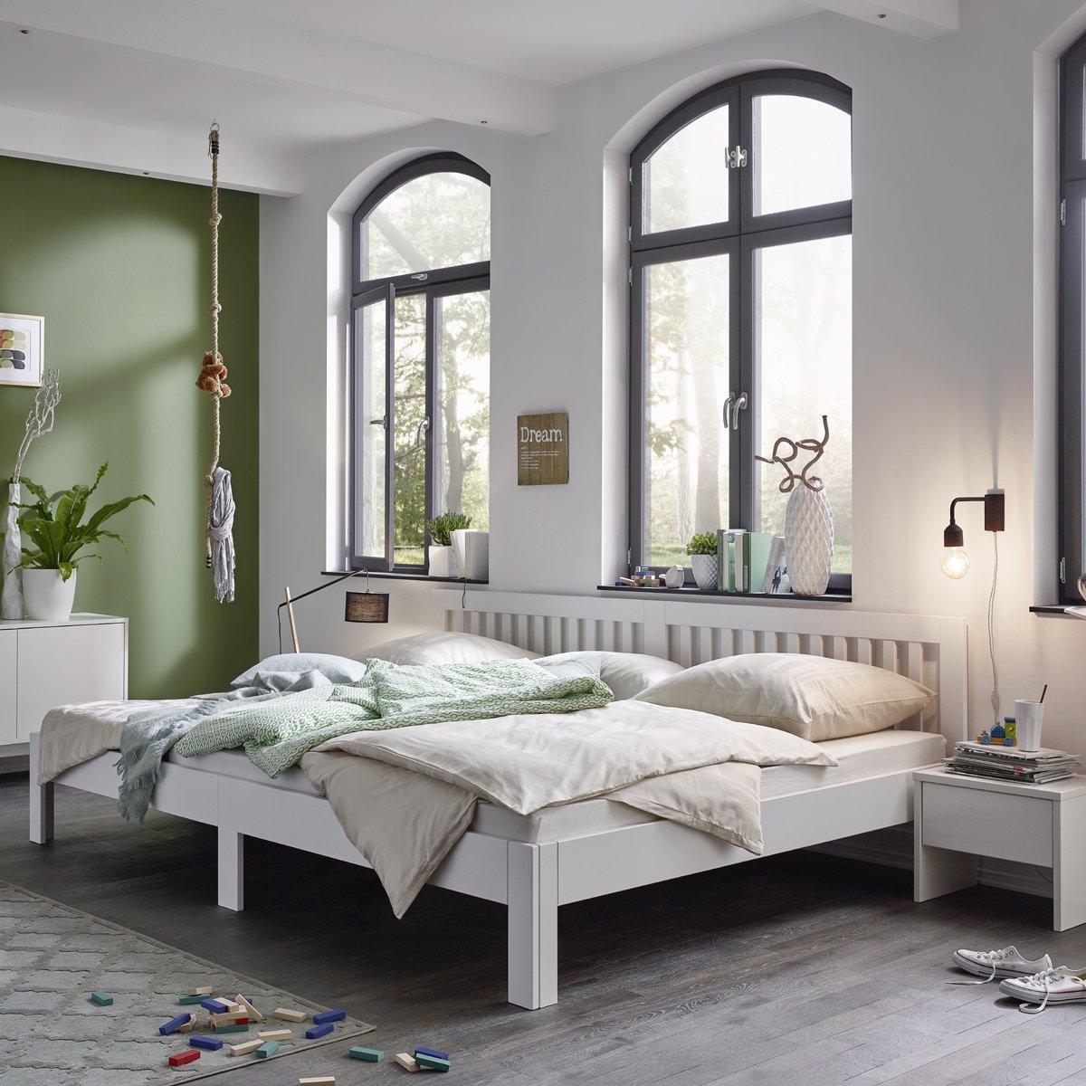 Ecolignum Familienbett™ Como ( 350270)   270x200 cm.   Co-Sleeping Massivholzbett Erle Vollholz   Weiß   Super-Größe Bett