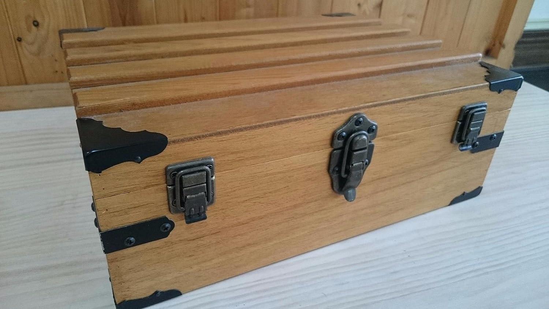 Pack of 20 Antique Decorative Vintage Box Corner Guards Protectors Edge Cover 62mm, Antique Brass
