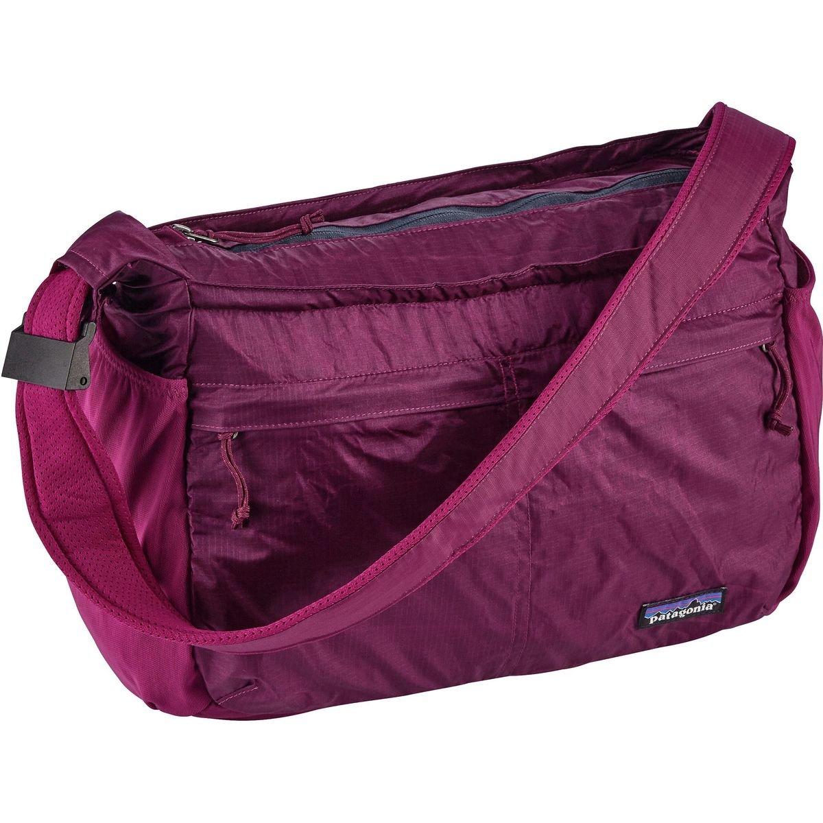 パタゴニア バッグ バックパックリュックサック Lightweight Travel 15L Courier Bag Magenta 4wy [並行輸入品]   B076BZWRZJ