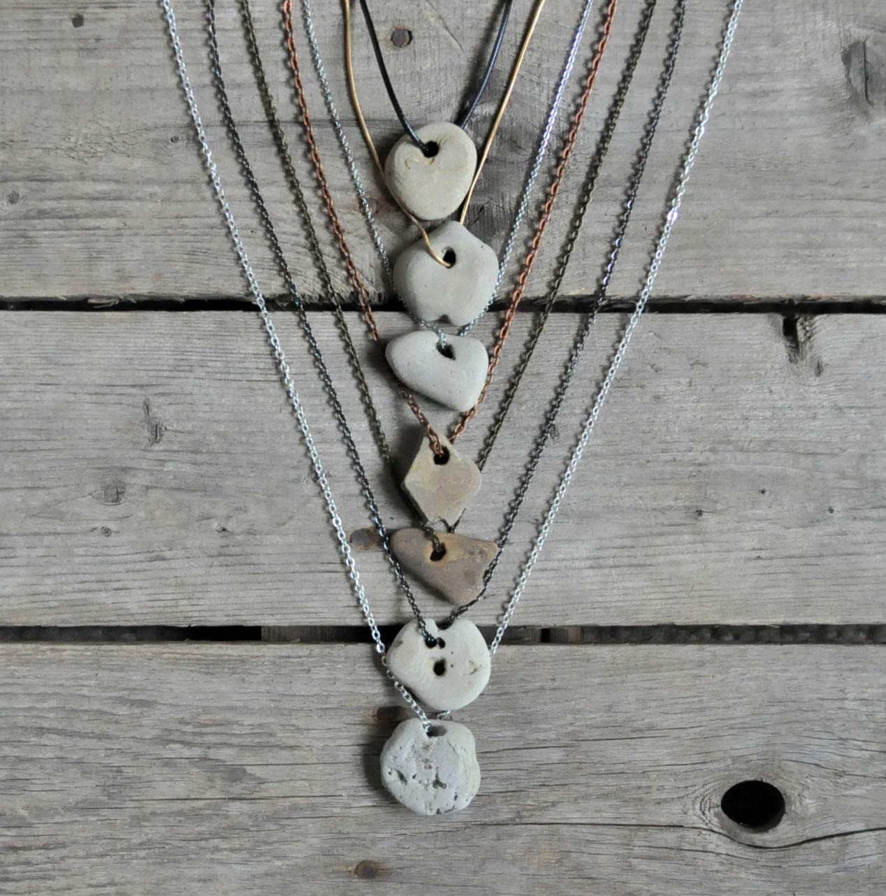 Naturally Holed Beach Stone Beach Stone Odin Stone Talisman Gift For Se Pebble with Natural Holes Hag Stone piedra de bruja