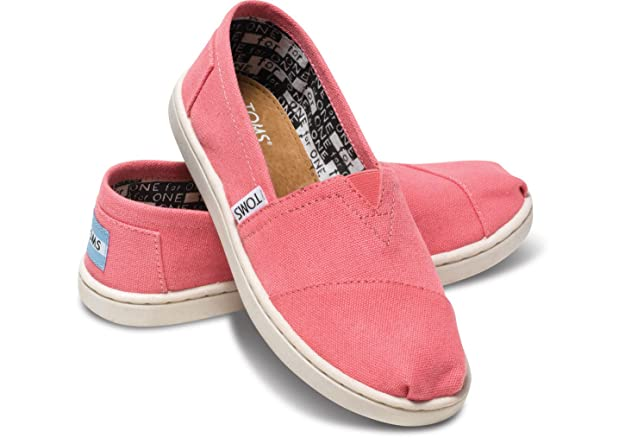 Amazon.com | TOMS Pink Canvas Classic Youth Kids ALPRG 012001C13-PINK (SIZE: 13.5) | Loafers