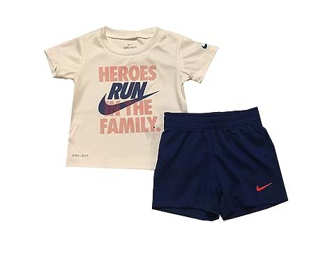 d2490d010816c Amazon.com  Nike Baby Boys  Dri-Fit 2-Piece Shorts Set Outfit  Clothing