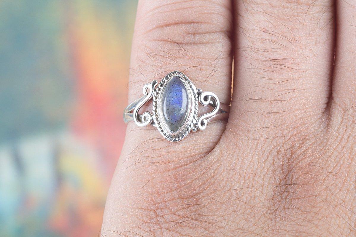 Amazon.com: Labradorite Ring, 925 Sterling Silver, Blue Flash ...
