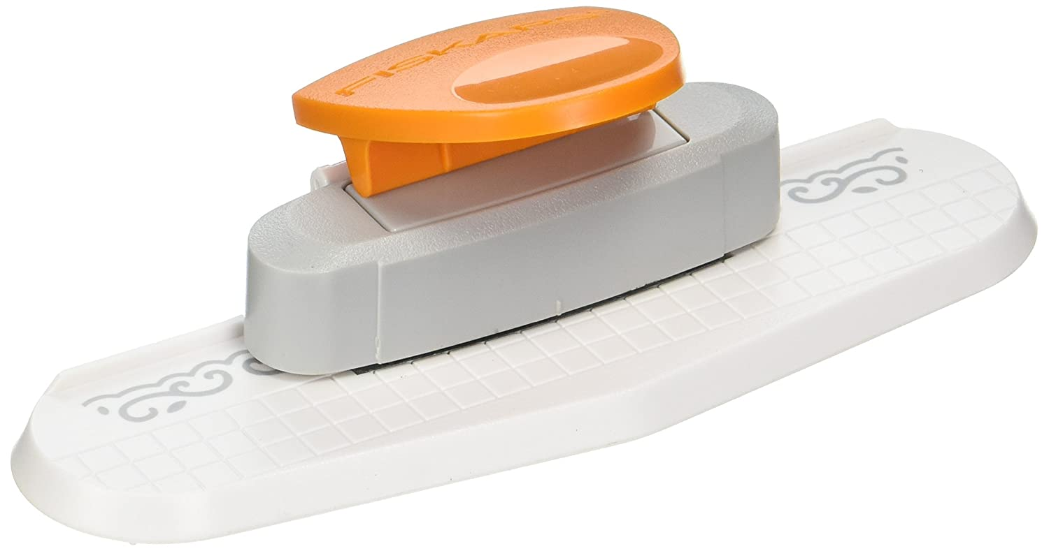 Fiskars 119110-1001 Border Punch-Scroll
