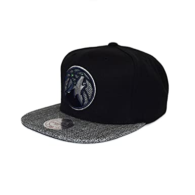 promo code 7a2bf abeca Image Unavailable. Image not available for. Color  Mitchell   Ness Minnesota  Timberwolves BH72 Woven TC Snapback Cap Kappe Basecap Black Grey