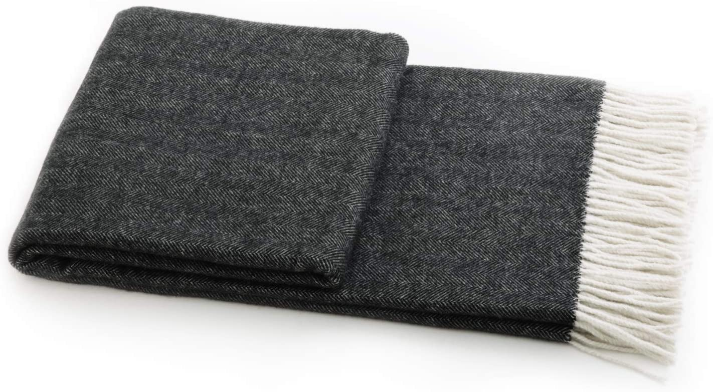 Backpacking or Emergency Supplies Sofa Outdoor Twin Blankets for Camping Bedsure Wool Blanket Super Soft Bed Warm /& Fuzzy Twin Blanket 60x80 inches for Couch Grey Plaid Beach