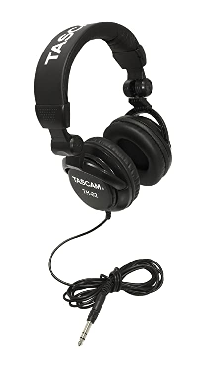 Review Tascam TH-02 Closed Back